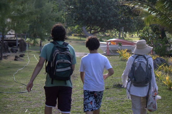 Matiu, Dani and me walking